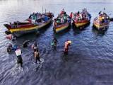 Dar-Es-Salaam:-rientrano-i-pescatori.jpg